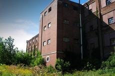 Singer's abandoned plant