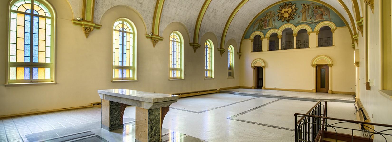 Le vieux monastère abandonné