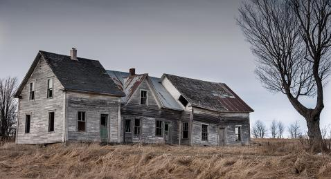 Abandoned house - Scotstown area | Photo by Jarold Dumouchel